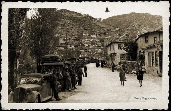 Η περίφημη φωτογραφία με τα γερμανικά στρατεύματα να εισέρχονται από τη σημερινή Παραλία, στην Ξάνθη